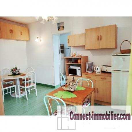 appartement vue mer. Black Bedroom Furniture Sets. Home Design Ideas